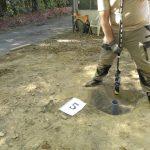 Inspection d'une cavité à l'aide d'une caméra verticale munie de laser et d'une boussole numérique